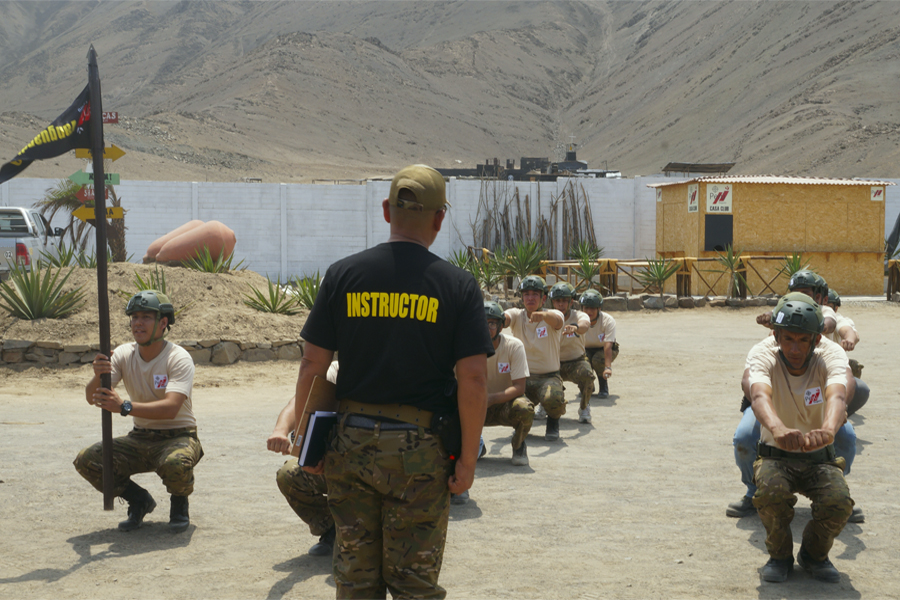 Programas vivenciales de estilo militar para civiles.